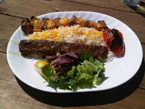 Profiter d'un voyage en Iran pour découvrir ses attraits culinaires